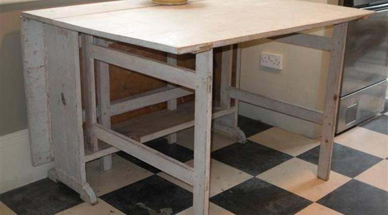 Folding Swedish table