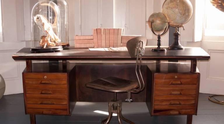 1950`s Desk