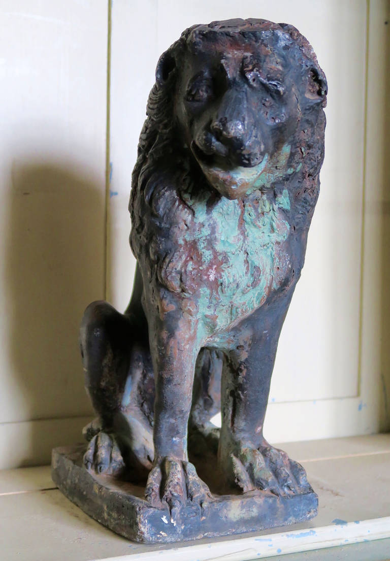 An early lead lion