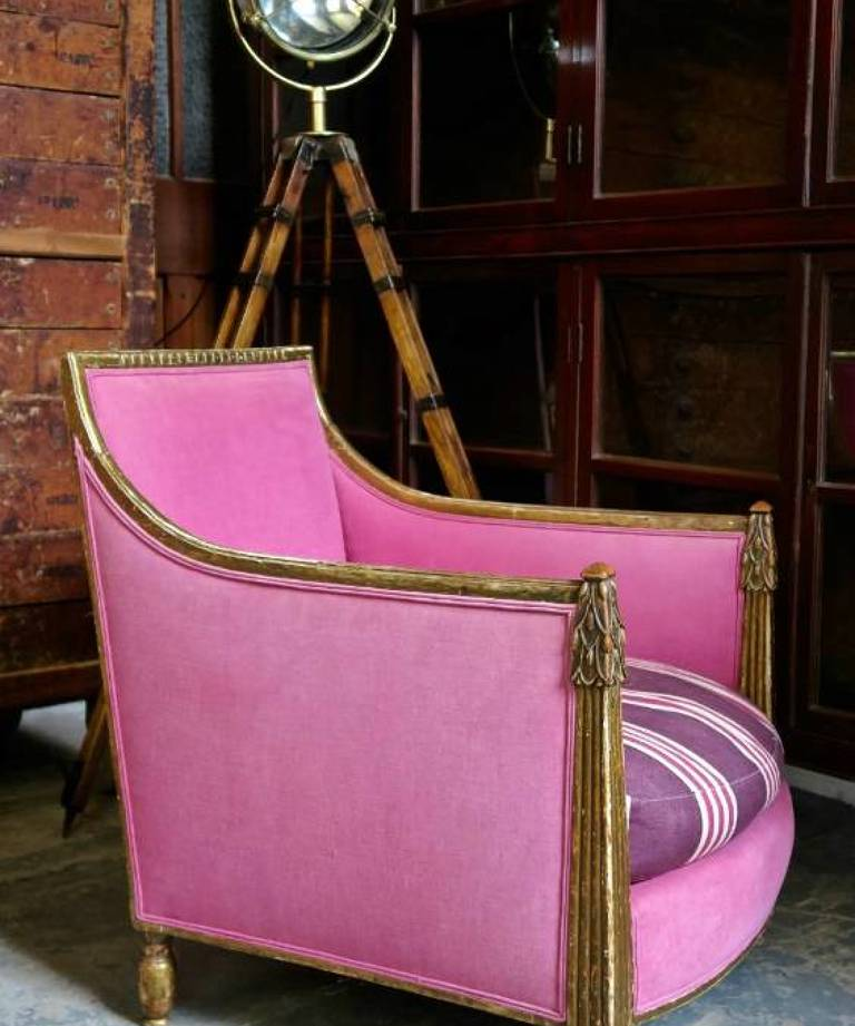 Pair pink chairs