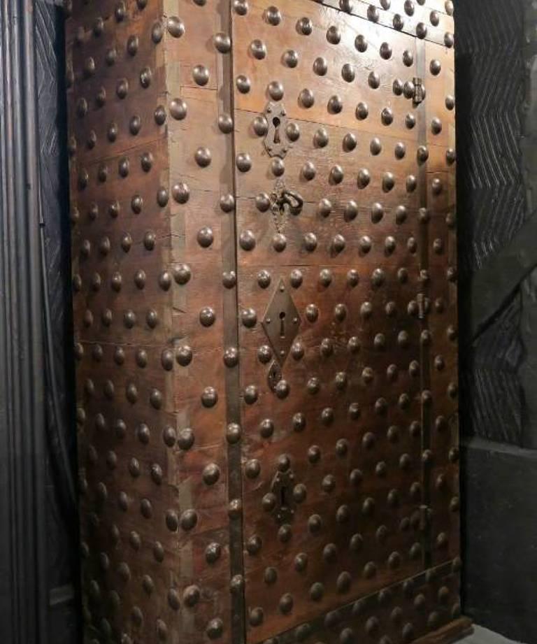 17th century safe
