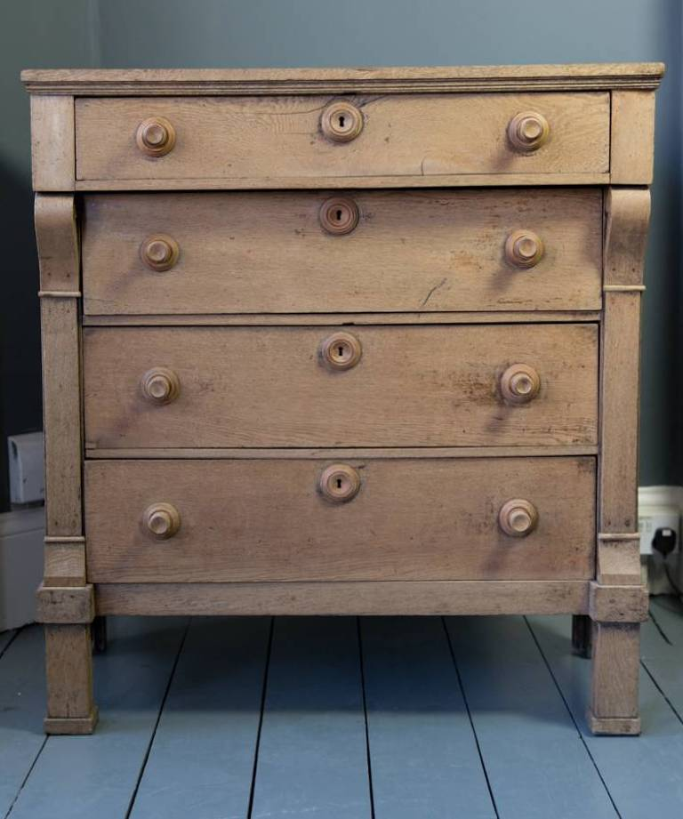 Dutch chest of drawers