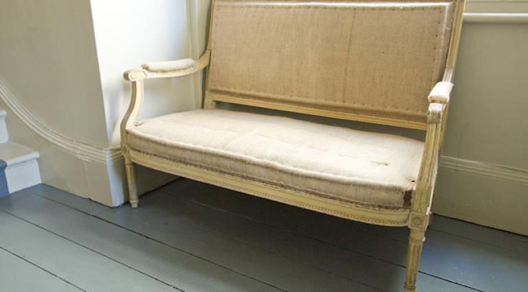 Sofa in raw hessian