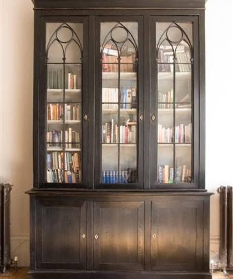 Spectacular bookcase