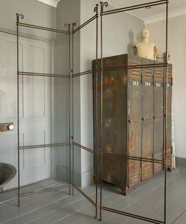 Wrought iron screen frame