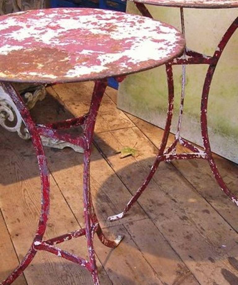 French cafe tables