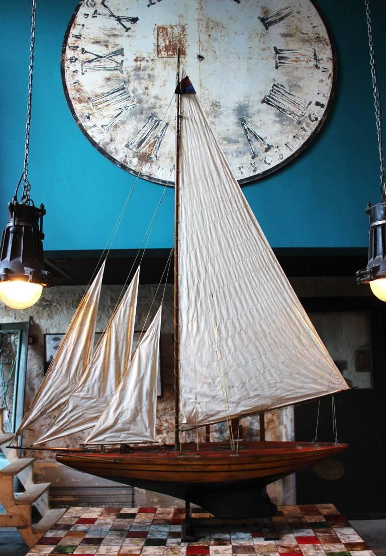 Edwardian Pond Yacht